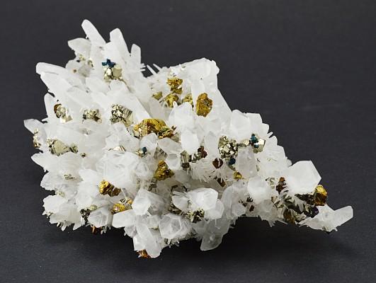 Quartz, Pyrite, Chalcopyrite