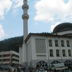 Mosque Madan