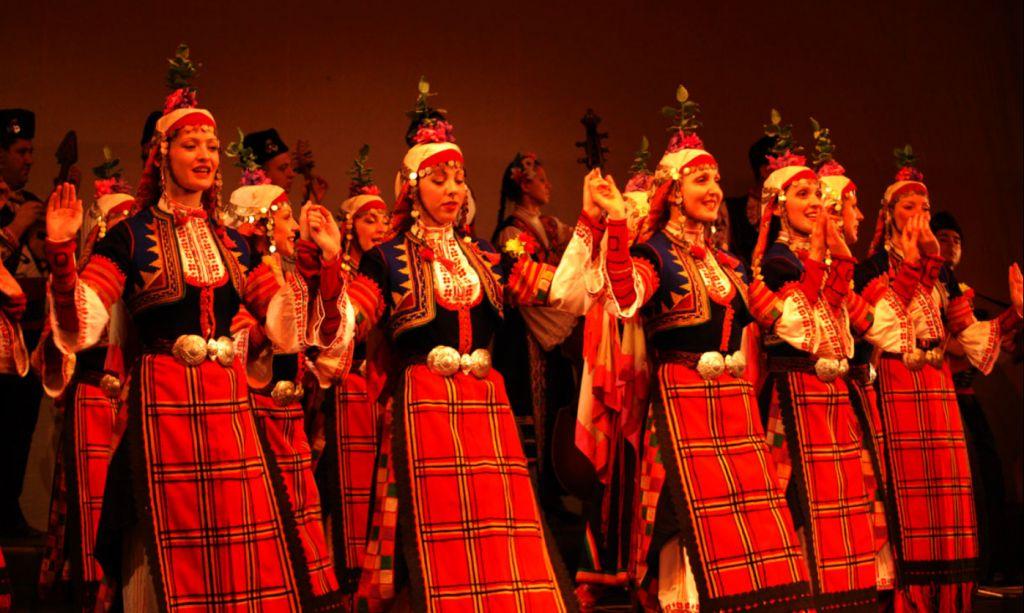 Madan Folklore costumes