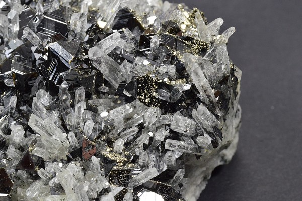 Sphalerite, Quartz, Pyrite