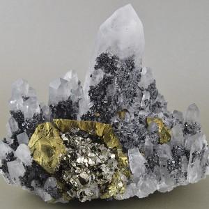 Chalcopyrite, Pyrite, Quartz, Sphalerite, Calcite