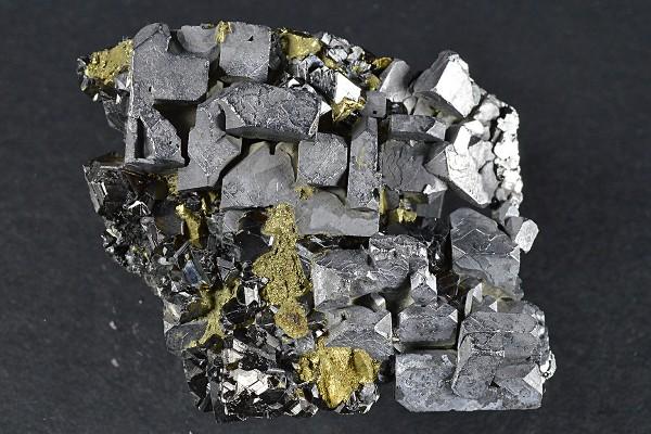 Skeletal Galena, Sphalerite, iridescent Chalcopyrite