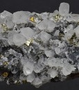 Quartz with growth phantoms set on Sphalerite, Pyrite, iridescent Chalcopyrite, Galena