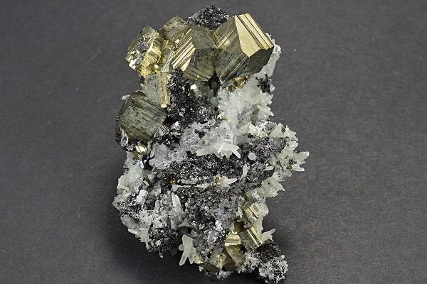 Pyrite, Sphalerite, Quartz, Galena