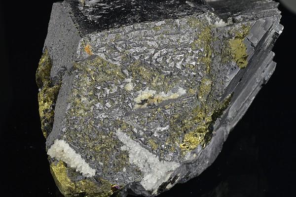 Galena, Chalcopyrite, Sphalerite, Pyrite, Quartz