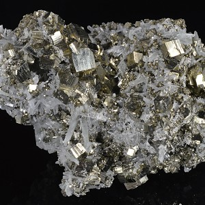 Quartz on Pyrite