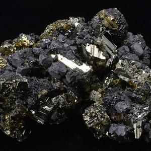 Pyrite, Chalcopyrite, Galena, iridescent Sphalerite