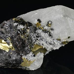 Quartz, gem Sphalerite var.Cleiophane, Chalcopyrite