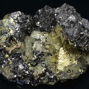 Chalcopyrite, Sphalerite, Pyrite, Quartz