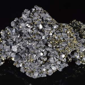 Pyrite on twinned and truncated Galena,Quartz