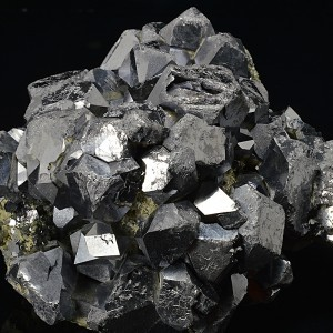 Twinned and truncated Galena, Quartz, Sphalerite
