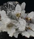 Quartz with growth phantoms, Chalcopyrite, Sphalerite