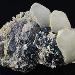 Quartz, Sphalerite, Chalcopyrite, Calcite, Pyrite