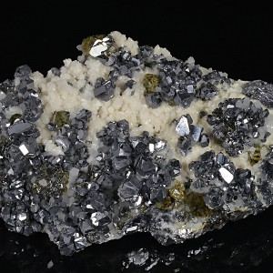 Truncated Galena,Cleiophane, Mangano Calcite,Quartz