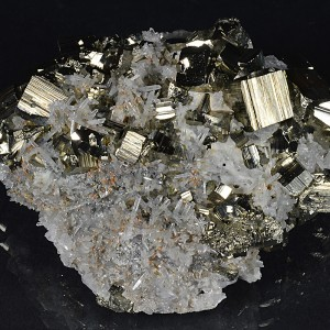 Pyrite, Japan Law Twin Quartz