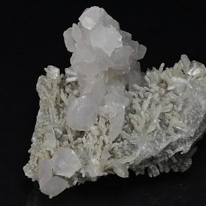 Rhombohedral Calcite, Quartz