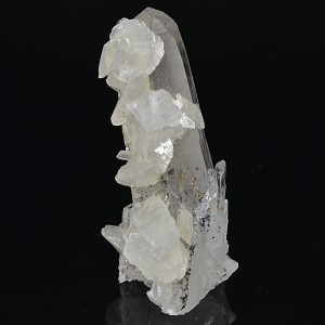 Rhombohedral Calcite on Quartz with inclusions