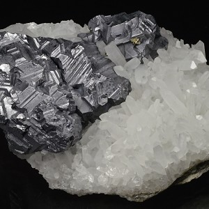 Twinned Galena on Quartz, Pyrite