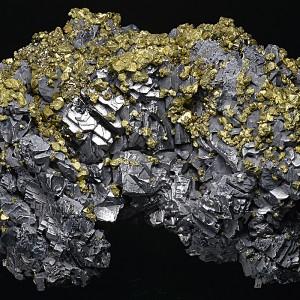 Chalcopyrite, Galena, Pyrite, Quartz, Calcite