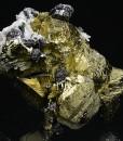 Sphalerite and Quartz on Chalcopyrite