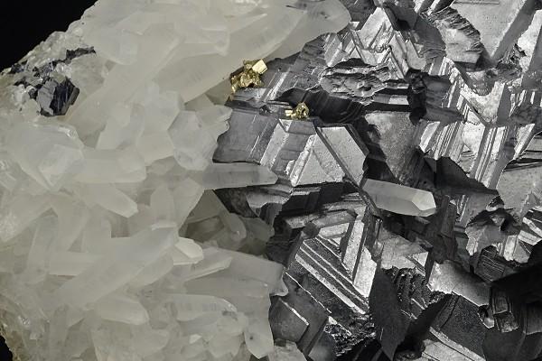 Twinned Galena, Quartz, Pyrite