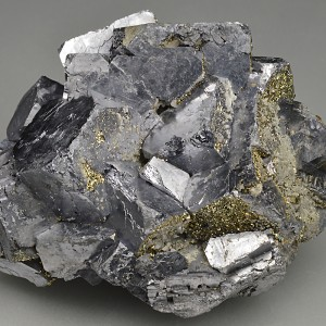 Twinned and truncated Galena, Pyrite - floater