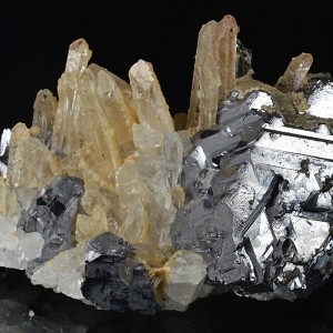 Quartz on twinned Galena, Calcite