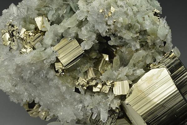 Pyrite, Quartz