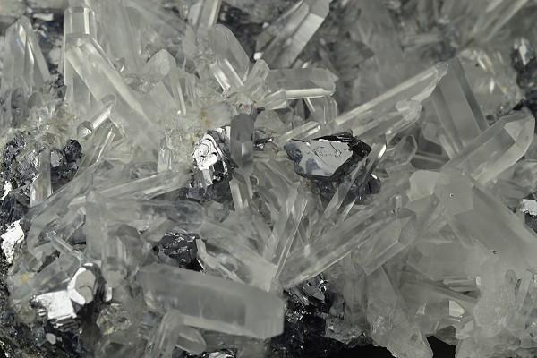 Quartz, Galena, Sphalerite, Chalcopyrite