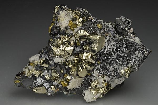 Pyrite, Chalcopyrite, Galena, Quartz, Sphalerite