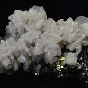 Manganoan Calcite on Quartz, Chalcopyrite, Pyrite, Sphalerite