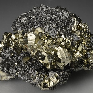 Pyrite on Sphalerite, Calcite, Quartz