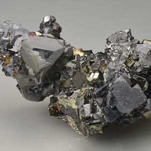 Pyrite, gem Sphalerite var.Cleiophane, Galena, Chalcopyrite