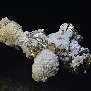 Pyrite, Calcite, Sphalerite, Chalcopyrite