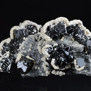 Sphalerite, Calcite