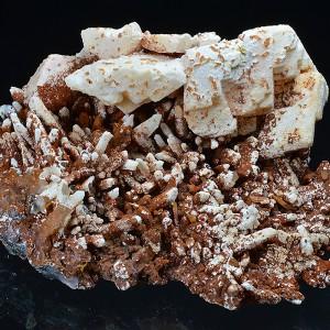 Iron oxide pseudomorphous after Calcite, Quartz