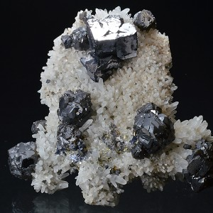 Cleiophane, Galena on Quartz, Chalcopyrite