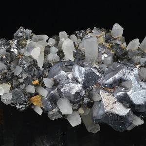 Twinned Galena, Quartz, Cleiophane