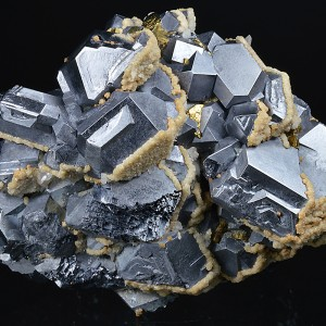 Twinned and truncated Galena, Calcite, Chalcopyrite