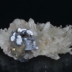 Skeletal Galena, Quartz, Chalcopyrite, Pyrite