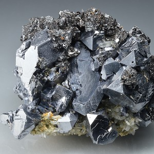 Truncated Galena, Sphalerite, Chalcopyrite, Quartz