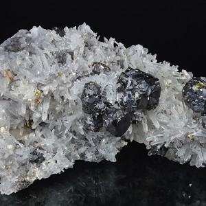 gem Sphalerite var.Cleiophane, Quartz, Chalcopyrite