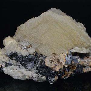 Calcite, Sphalerite, Galena, Quartz, Pyrite