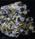 Chalcopyrite, spinel law twin Galena, Sphalerite tetrahedrons, Pyrite, Quartz