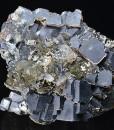 Twinned and truncated Galena, Sphalerite, Quartz, Chlorite