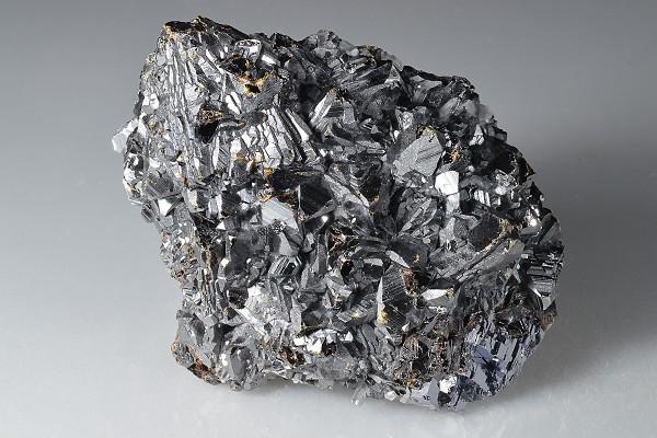Sphalerite tetrahedrons