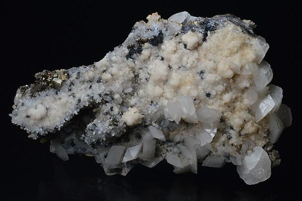 Scalenohedral Calcite, Quartz, Pyrite, Sphalerite
