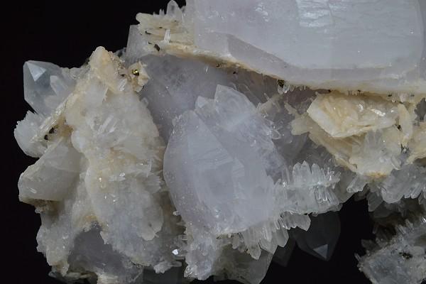 Two generations Bi-terminated Quartz, Chalcopyrite