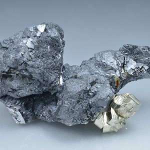 Pyrite on Sphalerite, Calcite