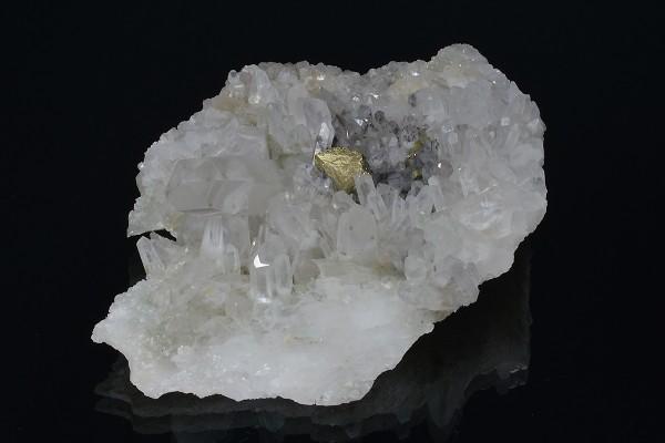 Quartz with inclusions, Chalcopyrite
